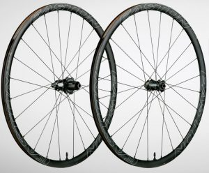Easton EA90 SL w/Vault hub road disc wheelset